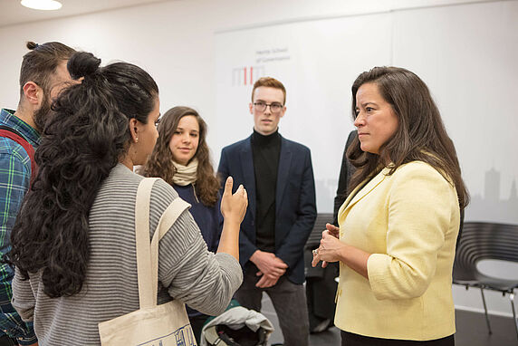 Canadian Justice Minister and Attorney-General Jody Wilson-Raybould in discussion with Hertie School students